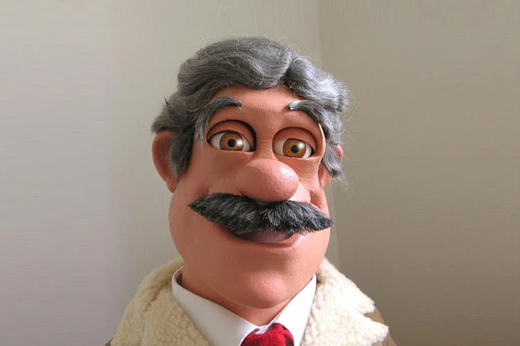 Phil Eason Puppeteer - football manager