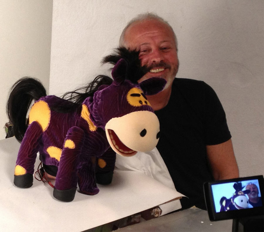 Phil Eason Puppeteering The Nectar Horse